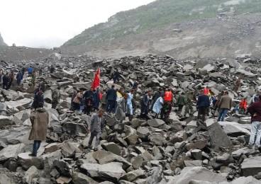 习近平对四川新磨村山体垮塌救援作重要指示