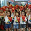 广电艺培小飞天艺术团登场少儿健身操大赛舞台