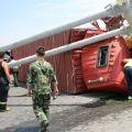 昨一货车在芜合高速发生侧翻