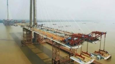 芜湖长江二桥7月工程进展,现场实拍图霸气侧漏
