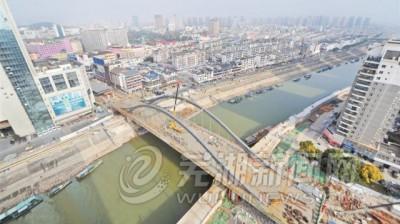 新中山桥改建顺利推进