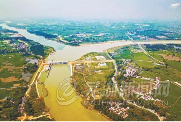 青安江在澛港闸(桥)处汇入长江